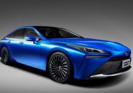 Toyota se vodíku nevdá, přijíždí druhá generace Mirai