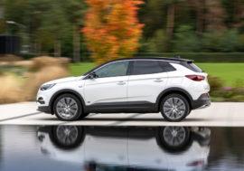 Hybridní Grandland X nabízí variaci pohonů
