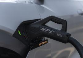 Víte, na čem závisí rychlost dobití vašeho elektromobilu?