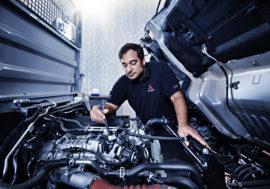 Mercedes-Benz stále poskytuje servis i prodej nových vozů