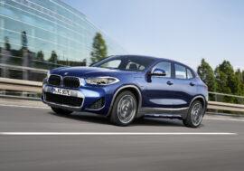 Hybridní BMW X2 splňuje normy pro elektromobil