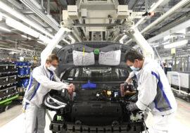 Po krizi se automobilový průmysl postupně zotavuje