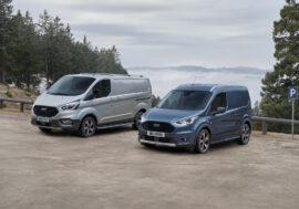 Užitkové vozy Ford řady Active se těší na hrádky v terénu