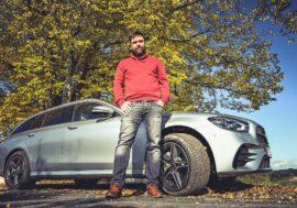 MANAŽER TESTUJE: Mercedes-Benz E 300 de a GLB 200