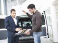 Nová auta podražila, lidé si berou čím dál vyšší úvěry a leasingy