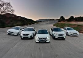 Do roku 2023 bude mít každý Peugeot čistě elektrický derivát