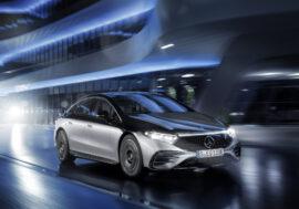 Třída S zavítala do bezemisní rodiny Mercedes-EQ