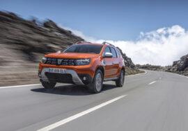 Dacia Duster je stále cenově dostupná, nabízí však více komfortu