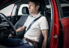 Pohodlná pozice za volantem nemusí být vždy bezpečná